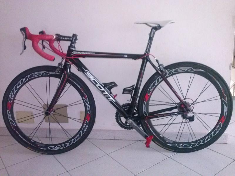 Bici Scott Addict R2